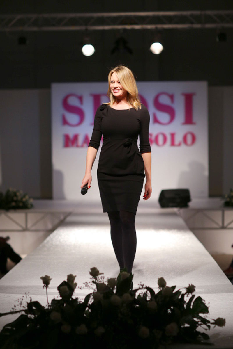 anna-falchi-a-sposi-ma-non-solo-jolly-animation