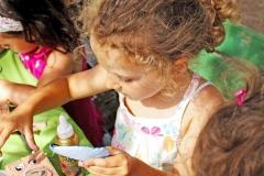 laboratorio-riciclo-creativo-bambini-riusiamo-ambiente-roma-villa-ada-5