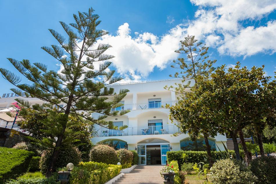Marcaneto Family Hotel